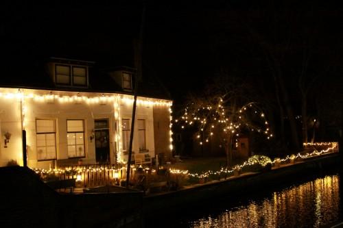 na de grandioze winterfair raakt zwartsluis steeds meer in kerstsfeer huizen straten en met name de horeca pakt flink uit in het centrum van het dorp